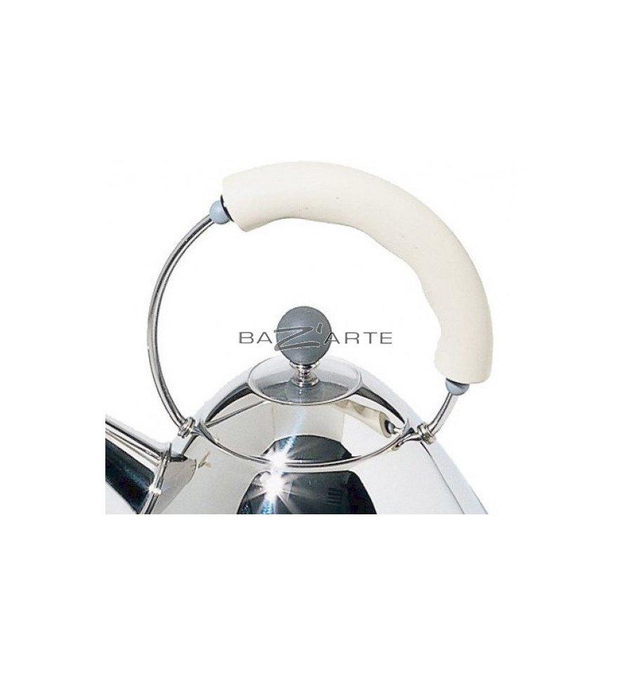 acheter bouilloire lectrique sans fil michael graves blanc par alessi chez bazarte objets. Black Bedroom Furniture Sets. Home Design Ideas